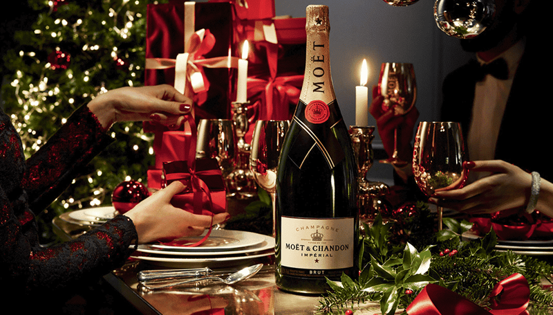 Drink-more-champagne-during-the-Holidays